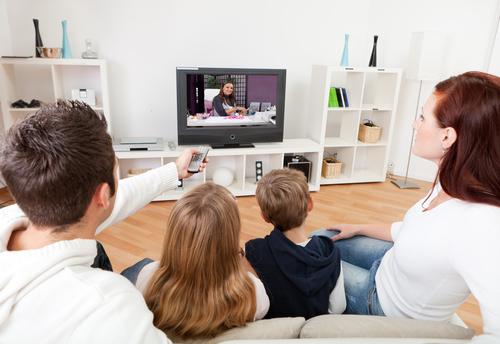 """Педиатри препоръчват: """"Не! на телевизията за деца под тригодишна възраст"""""""